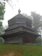 1 Strukivs'ka-Kirche in Jasinja, die seit 2013 zum UNESCO-Weltkulturerbe zählt. © N.Gutsul