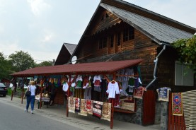 11 Merchandise in Săpânța. © O. Hegedues