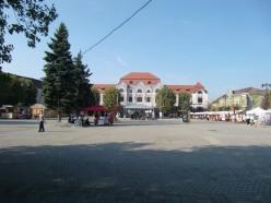 3 Millenium-Platz in Baia Mare. © S.Müller